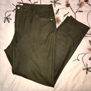 Chicos jeggings size 3 (16/18)